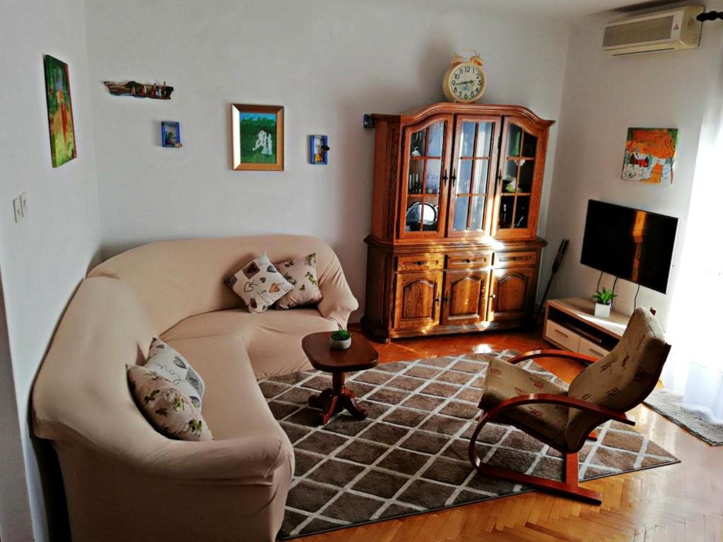 Posedenie v ubytovaní Apartmani Anda