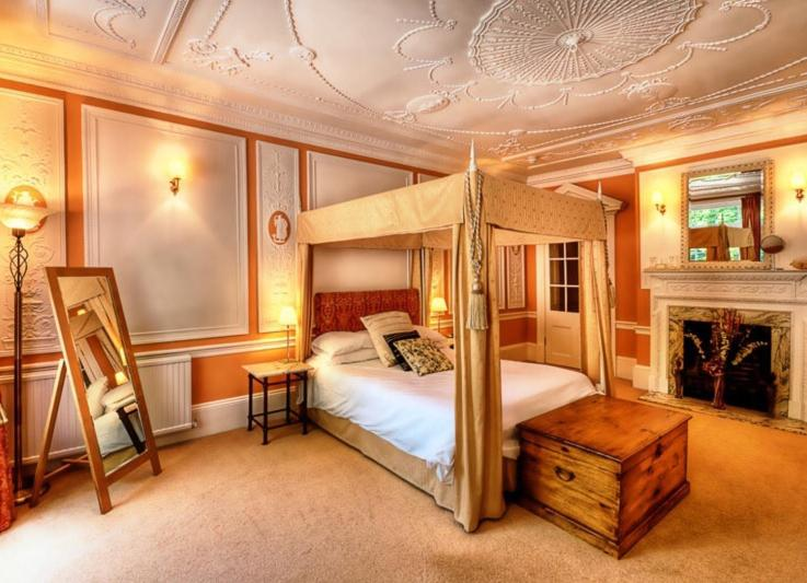 A bunk bed or bunk beds in a room at The Town House