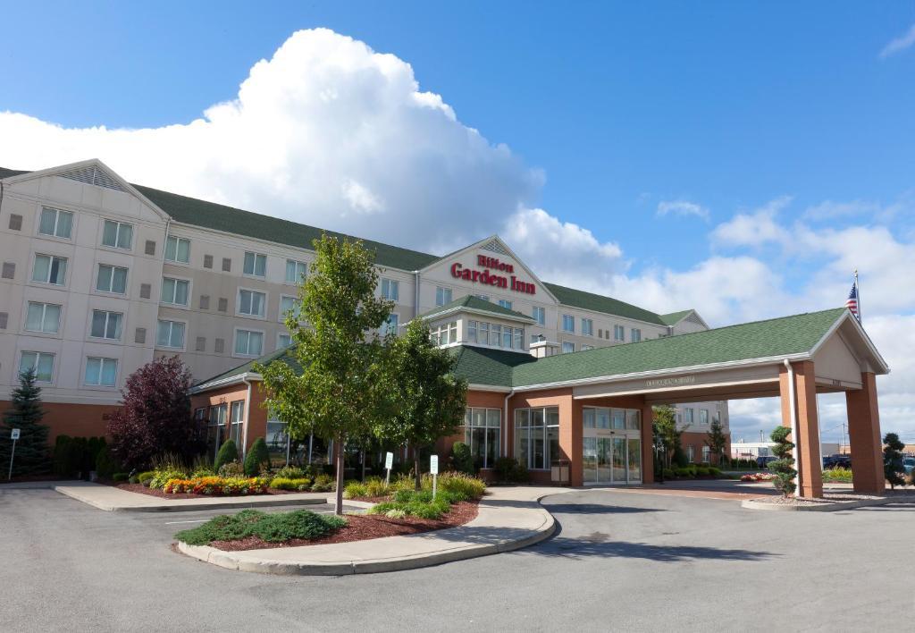 Hilton Garden Inn Buffalo Airport.