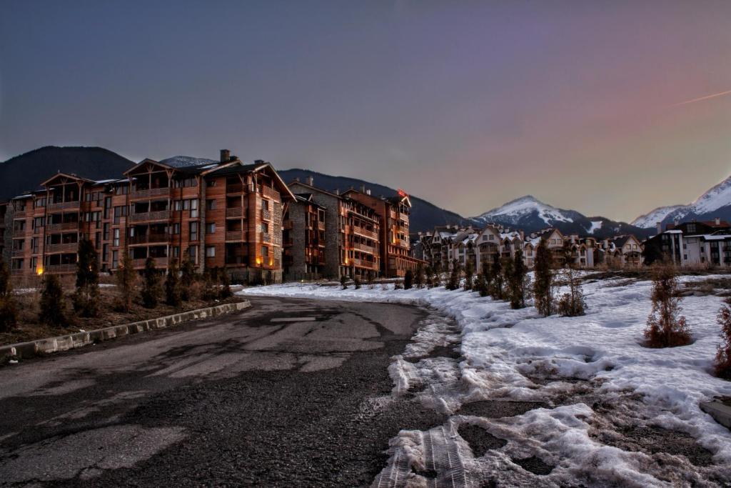Свети Иван Ски Апартаменти през зимата