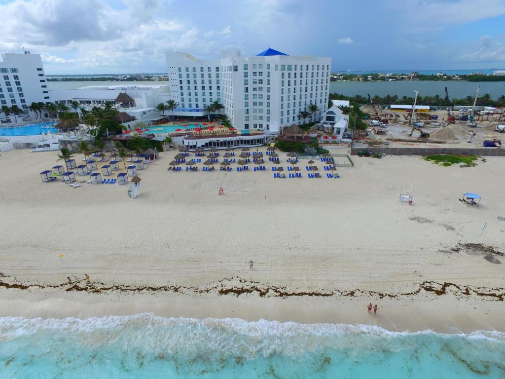 Sunset Royal Beach Resort All Inclusive Cancun Updated 2020 Prices