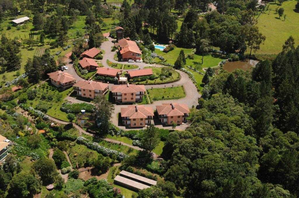 A bird's-eye view of Hotel Bangalôs da Serra