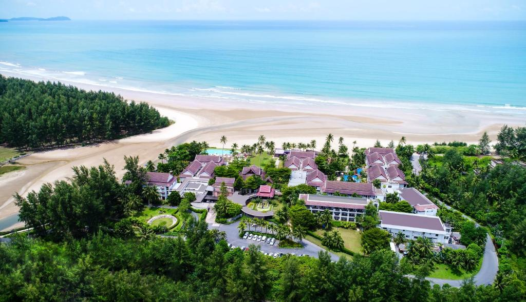 A bird's-eye view of Apsara Beachfront Resort & Villa