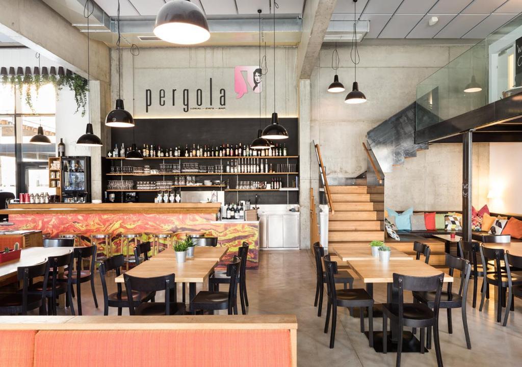 A restaurant or other place to eat at Hotel Zeitgeist Vienna Hauptbahnhof