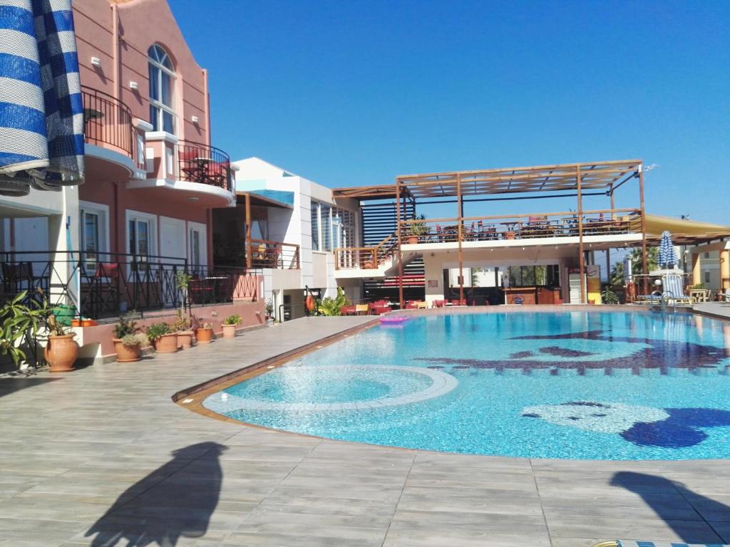 The swimming pool at or close to Epis Hotel