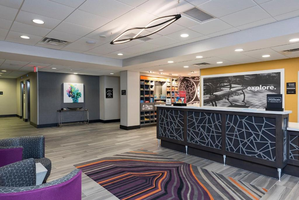 The lobby or reception area at Hampton Inn & Suites West Lafayette, In