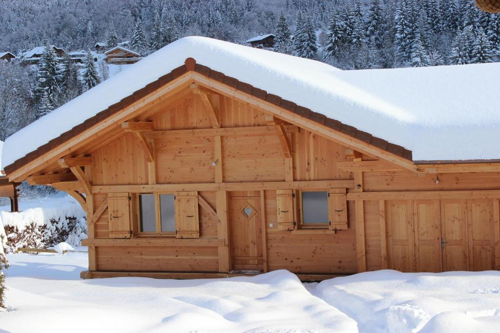 Le Chalet d'Ulysse during the winter