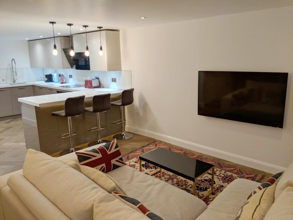 Luxurious Two Bedroom Two Bathroom Apartment With Private Outdoor Terrace London 9 8 10 Updated 2021 Prices