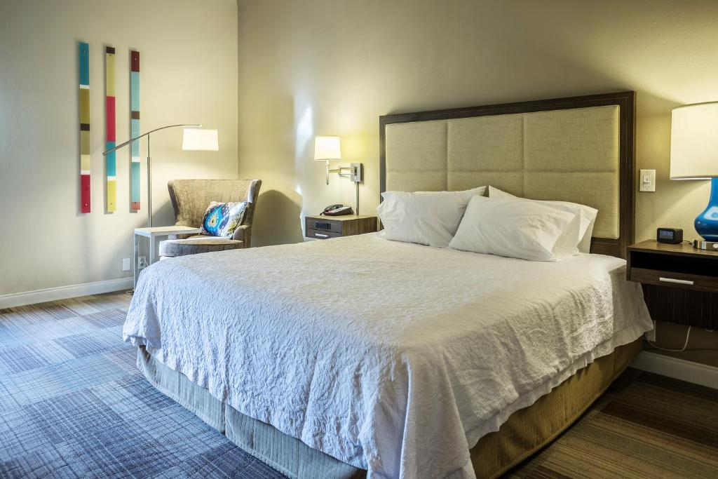 A bed or beds in a room at Hampton Inn Somerset
