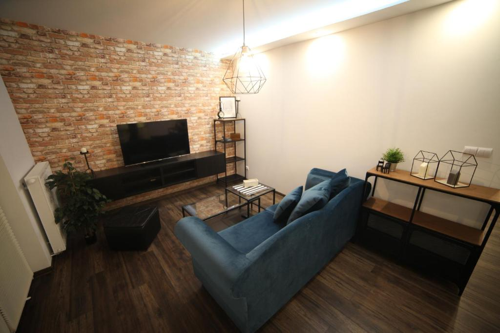 A seating area at Apartament No.5