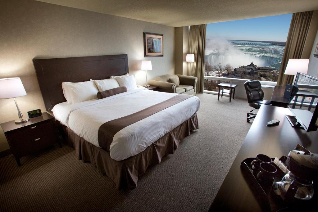 Oakes Hotel The Falls Niagara Falls Canada Booking Com