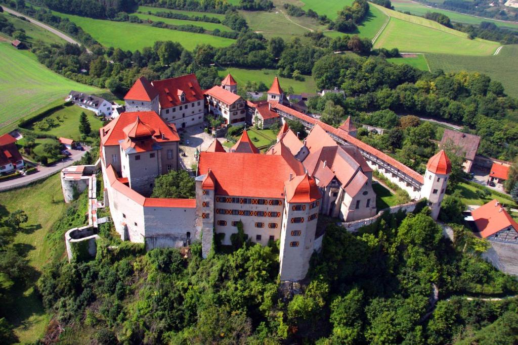 A bird's-eye view of Schlosshotel Harburg
