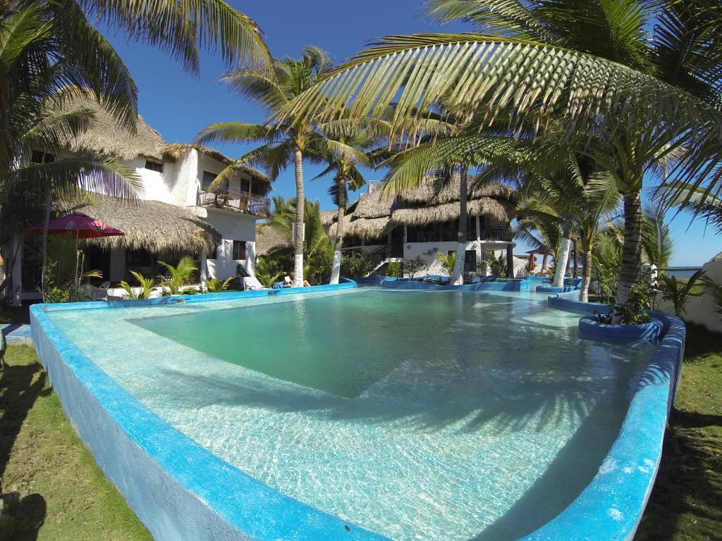 The swimming pool at or close to Marbella Eco Lodge