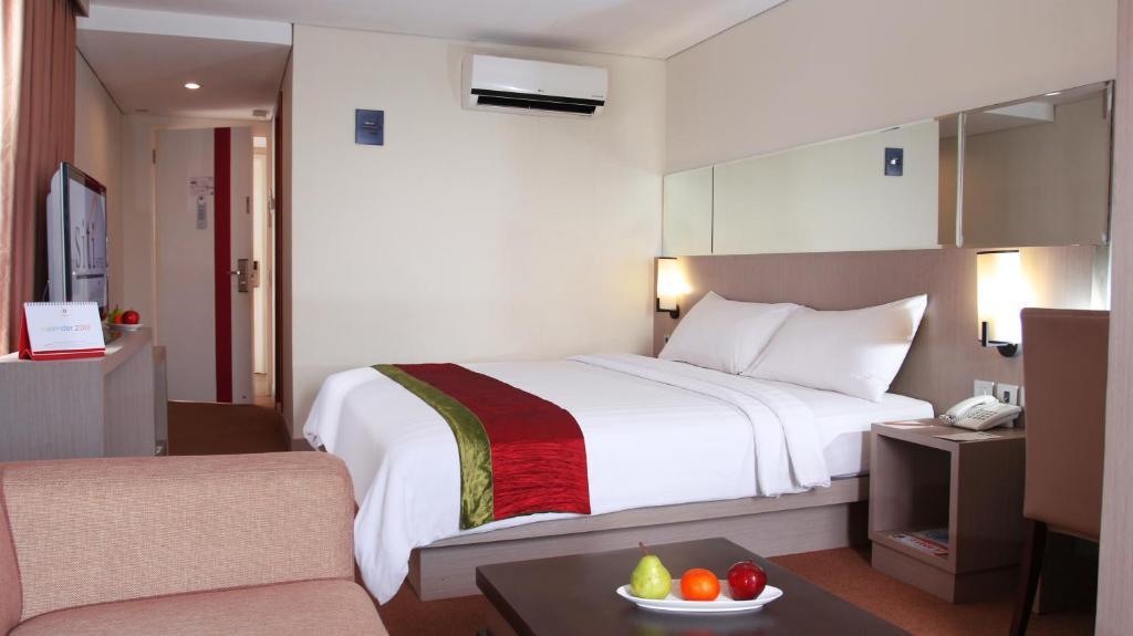 Siti Hotel Tangerang Tangerang Booking Com