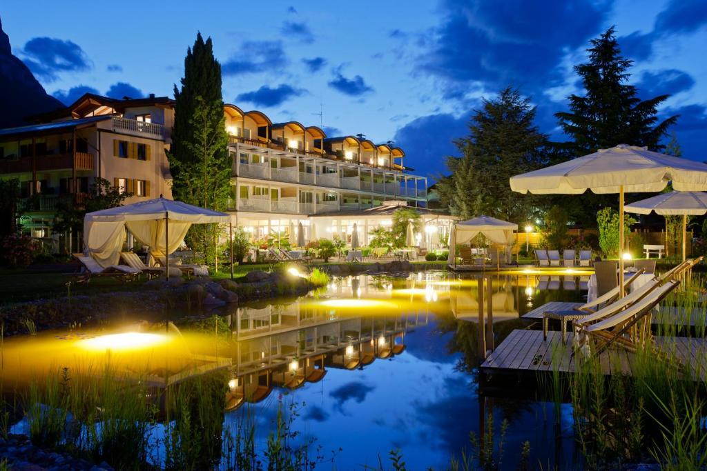 Hotel Weingarten Appiano sulla Strada del Vino, Italy
