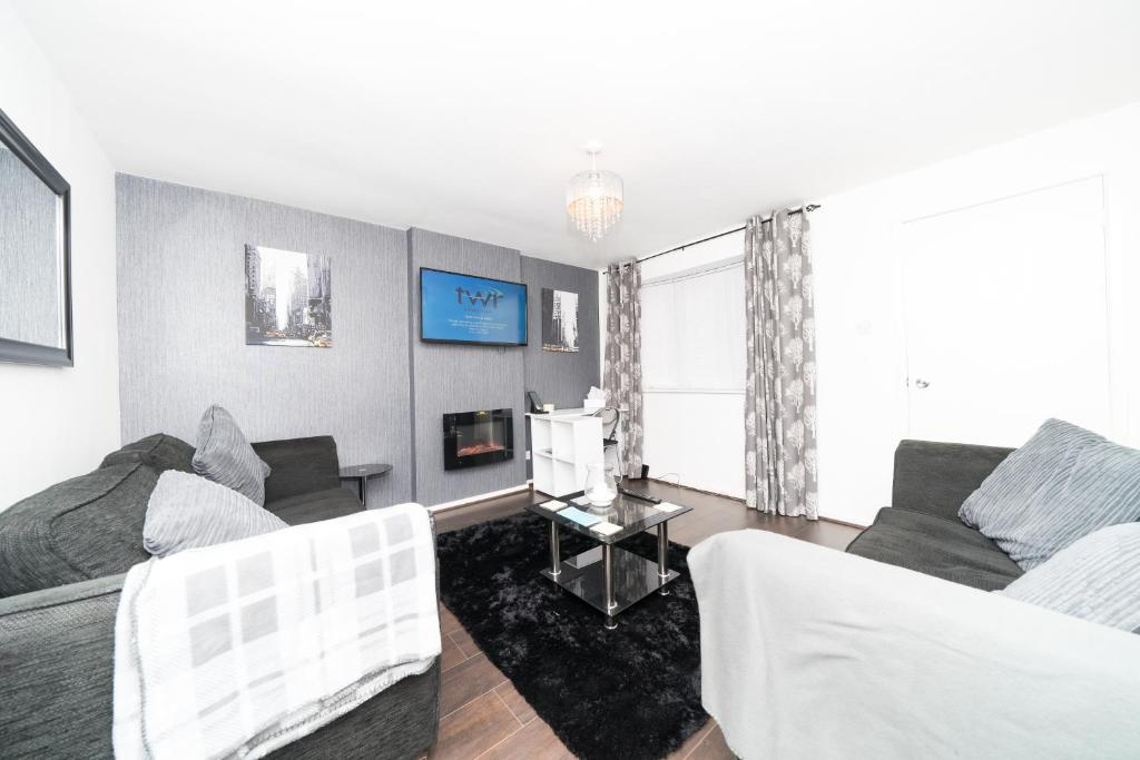 A seating area at Hullidays - Hymers Apartment