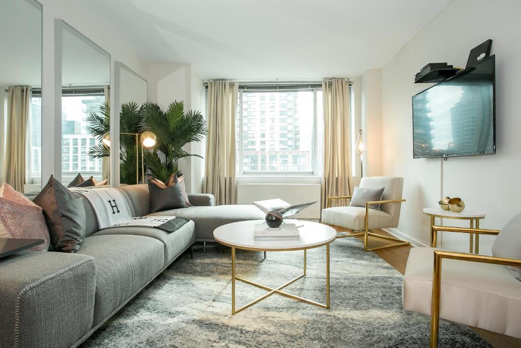 Apartment Spectacular Duplex 4 Bedroom 3 Bath Lincoln Center New York Ny Booking Com