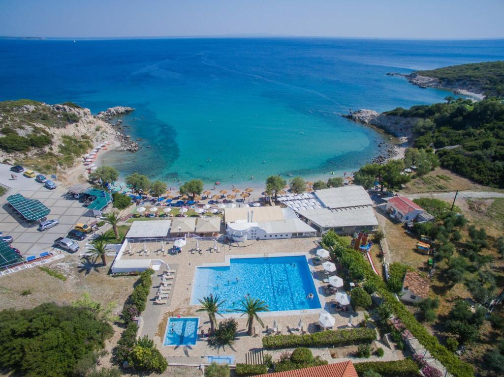 A bird's-eye view of Hotel Glicorisa Beach