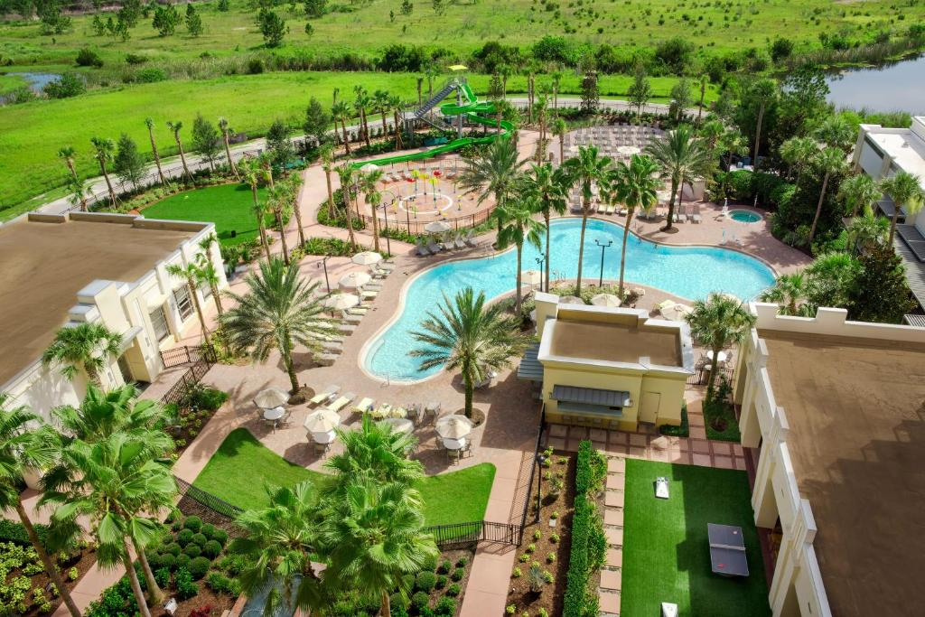 A bird's-eye view of Las Palmeras by Hilton Grand Vacations