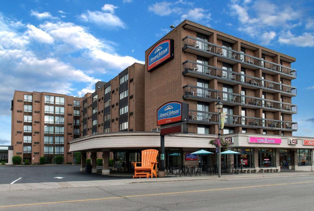 Howard Johnson Plaza, Niagara Falls, Ontario