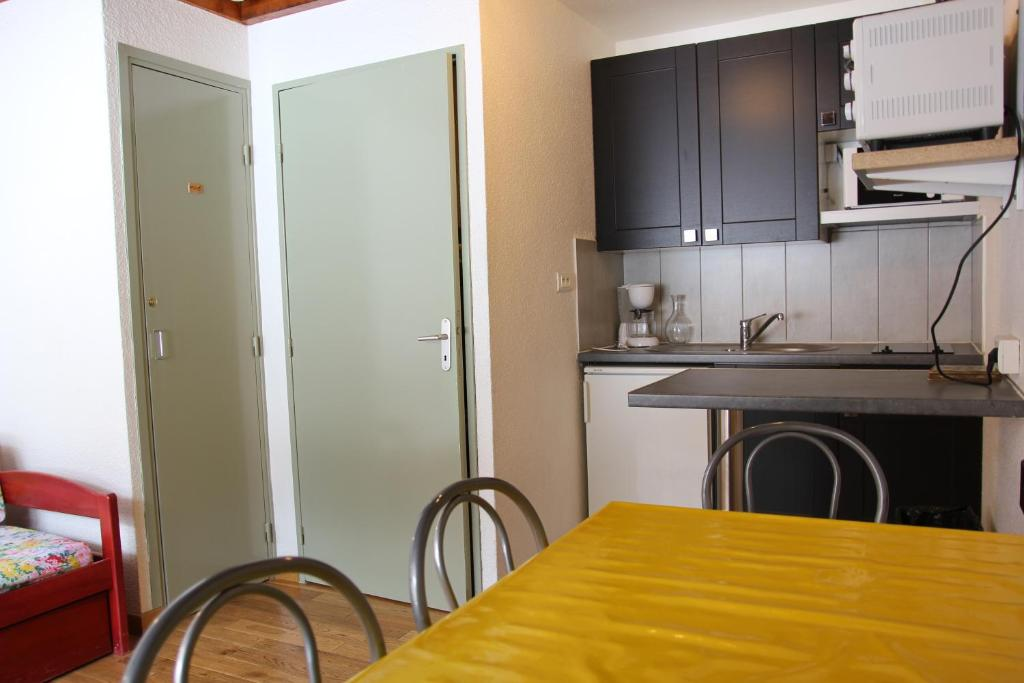 A kitchen or kitchenette at Lac Blanc