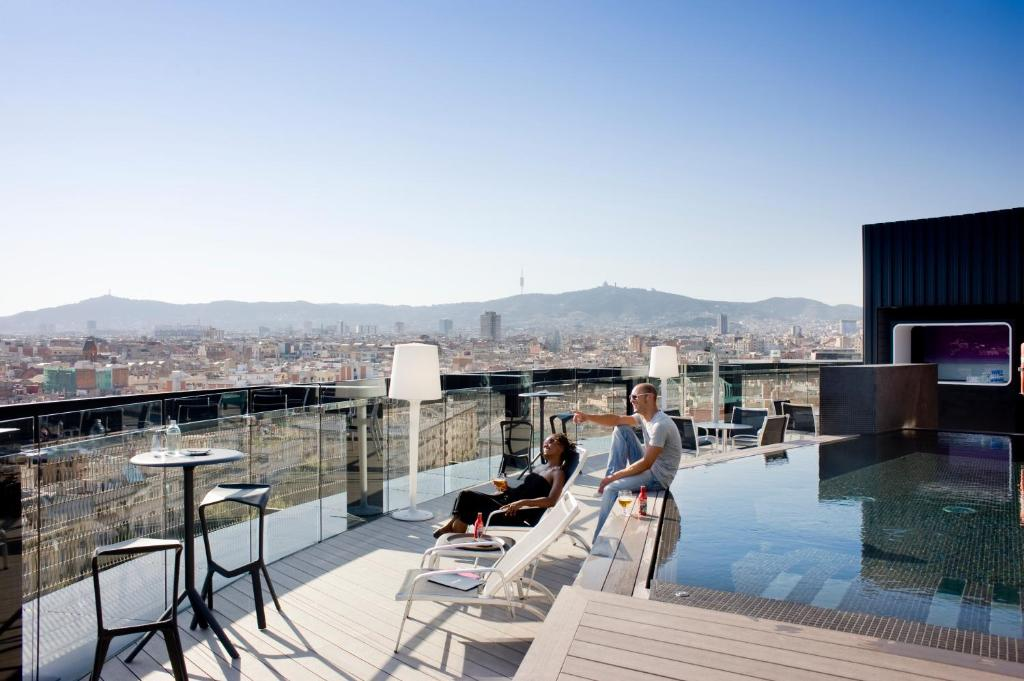 The swimming pool at or close to Barceló Raval