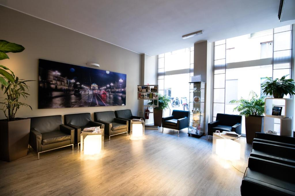 The lobby or reception area at Best Quality Hotel Gran Mogol