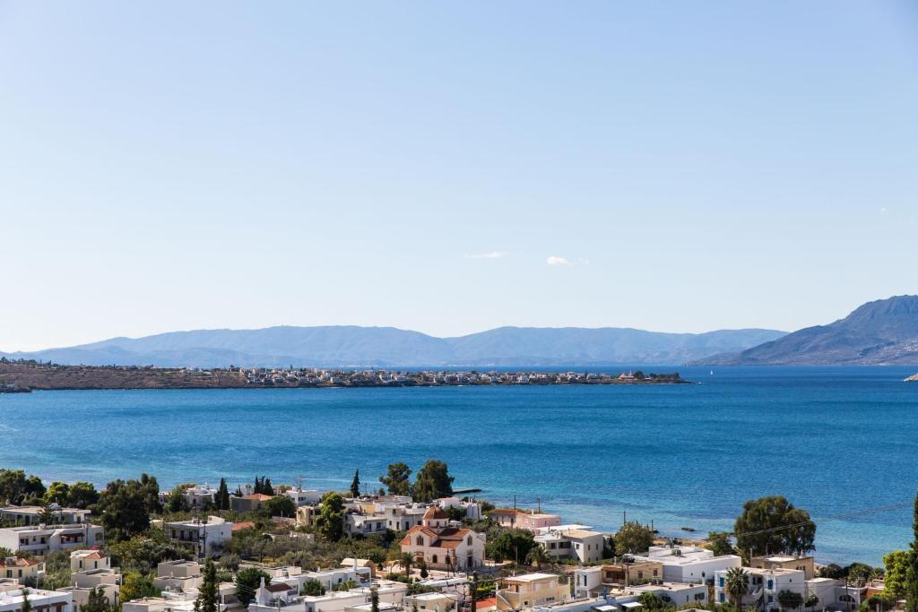 Villa Euphoria in Aegina, Marathonas beach