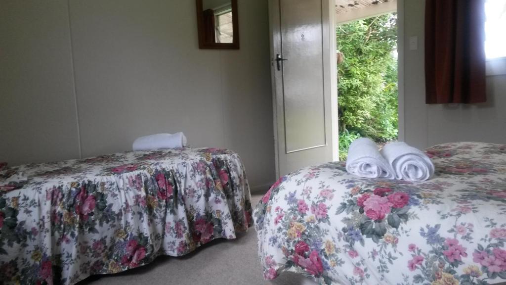 Riverview Cottage & Cabins