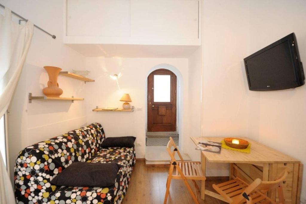 TV o dispositivi per l'intrattenimento presso Romantic getaway in the center of Amalfi