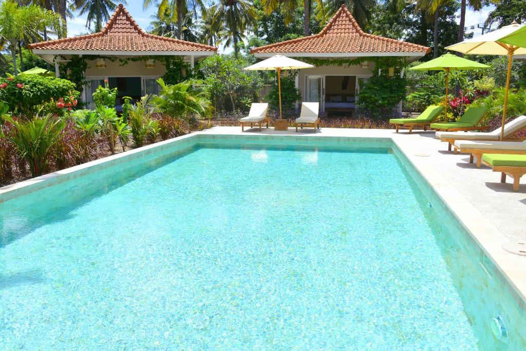The swimming pool at or near Gili Meno Eden