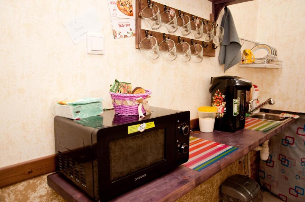 """Кухня или мини-кухня в """"Соня"""" мини-гостиница"""