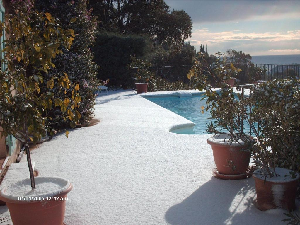 The swimming pool at or close to Villa Helios
