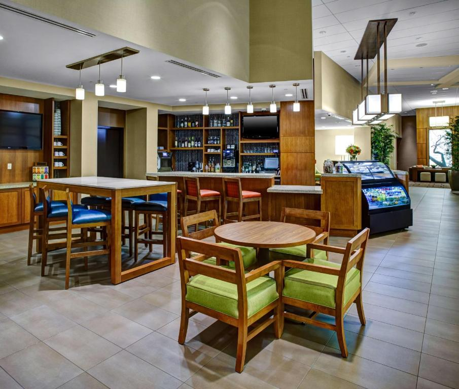 A restaurant or other place to eat at Hyatt Place Delray Beach