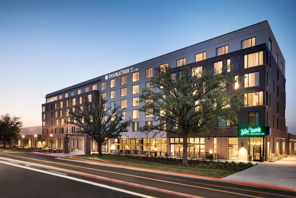 Doubletree By Hilton Greeley At Lincoln Park