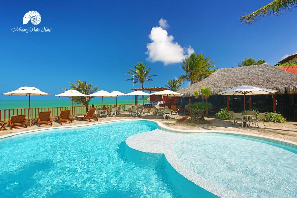 The swimming pool at or near Manary Praia Hotel