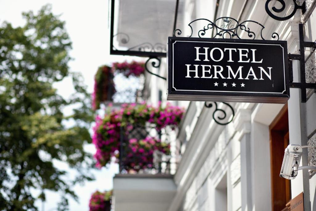 Logo lub znak tego hotelu