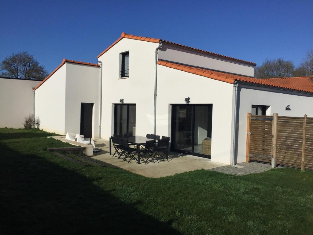 Vacation Home Maison Contemporaine Saint Aignan Grand Lieu France Booking Com