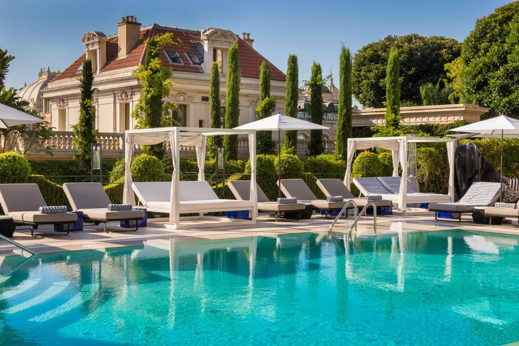 Swimming pool of the Hotel Métropole