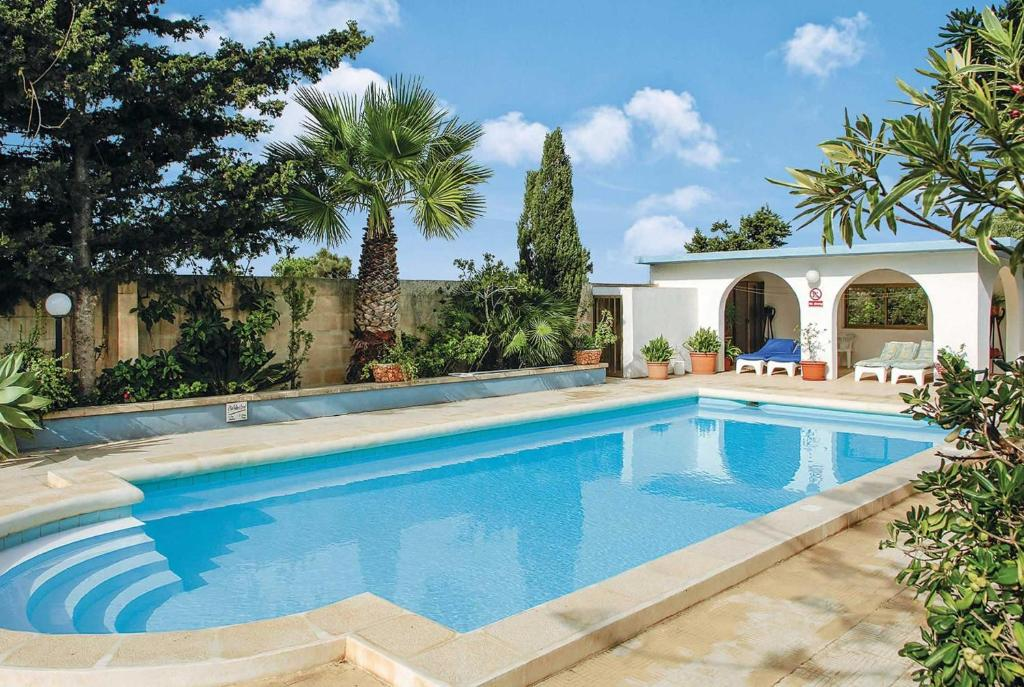 The swimming pool at or near Villa Welcome