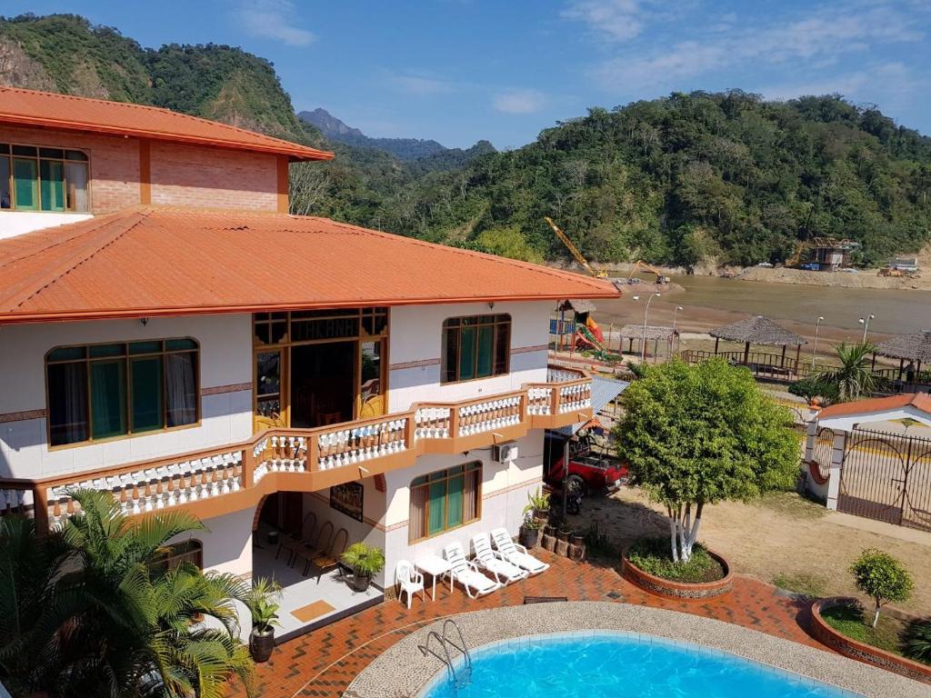 Vista de la piscina de Hotel Takana o alrededores