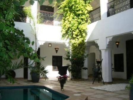The building where the riad is located