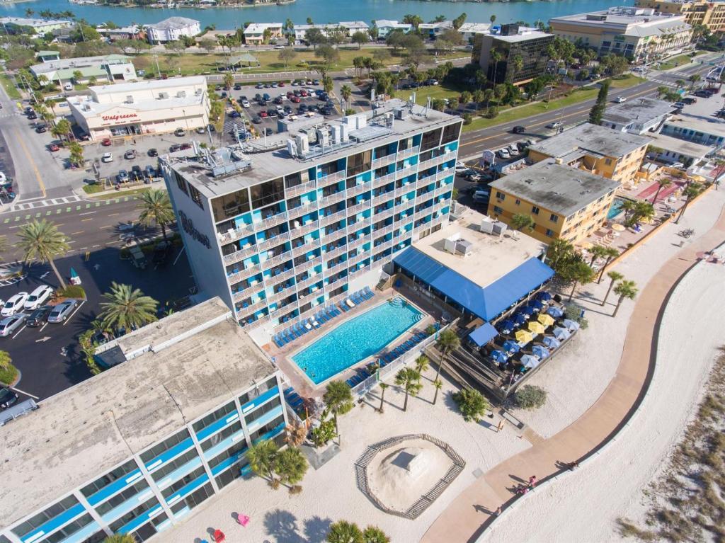A bird's-eye view of Bilmar Beach Resort