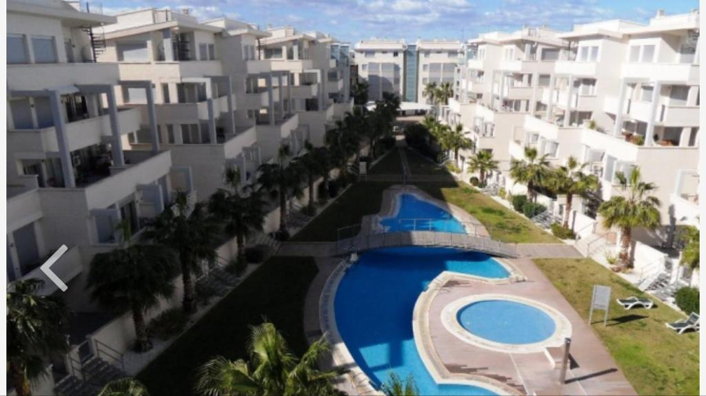 Vista de la piscina de Residencial Elegance o alrededores
