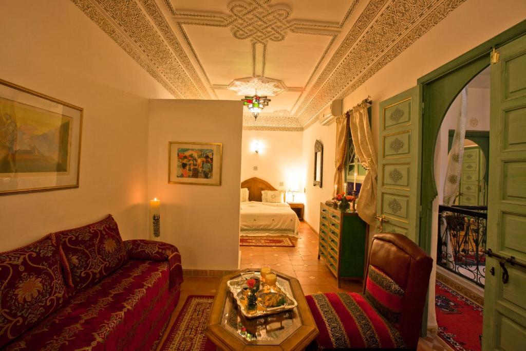 A seating area at Riad Cherihane