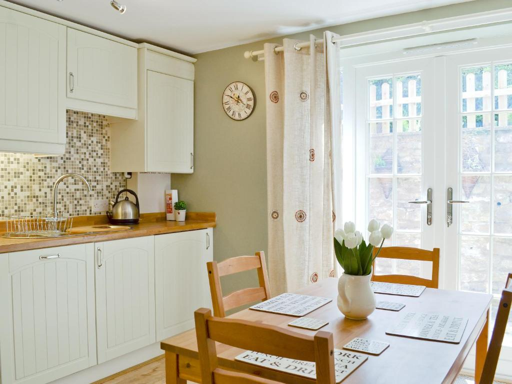 Snowdrop Cottage - Laterooms
