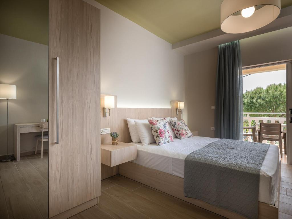 A bed or beds in a room at Katerina Studios