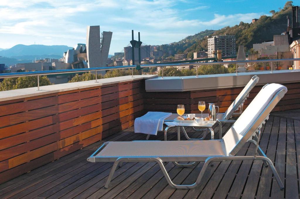 Un balcón o terraza de Hesperia Bilbao