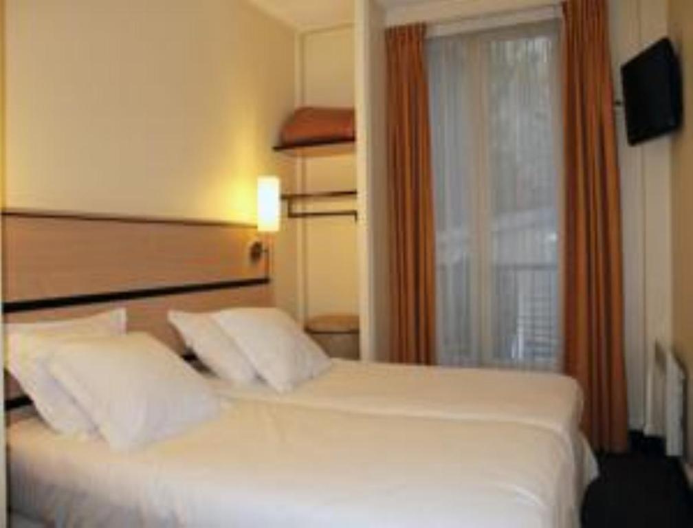 Newhotel Saint Lazare Paris, France