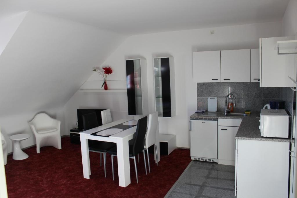 Lipp Apartments - Laterooms